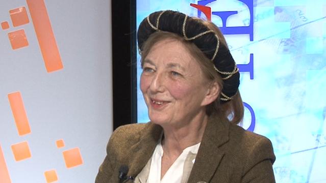 Aude-de-Kerros-Aude-de-Kerros-L-imposture-de-l-art-contemporain-du-discours-a-la-finance-5796.png