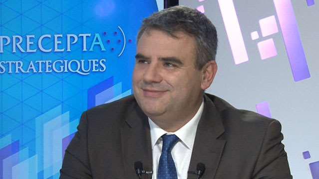 Eric-Lamarque-Les-banques-face-aux-nouvelles-attentes-clients