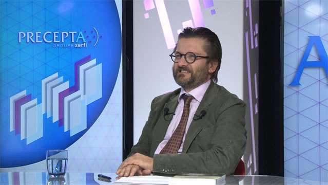 Frederic-Dosquet-Le-marketing-des-hommes-politiques-2981