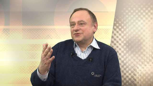 Jean-Marc-Daniel-Faut-il-encore-croire-la-politique-economique--351
