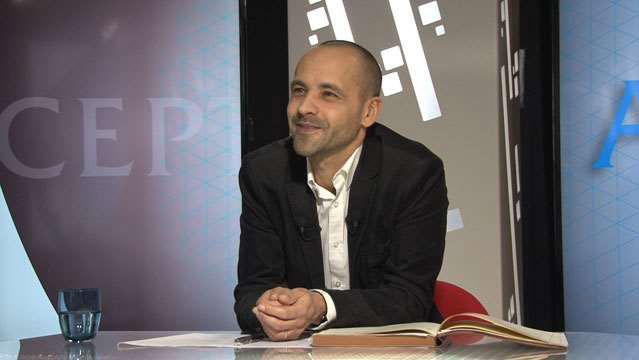 Jean-Philippe-Denis-La-politique-au-regard-des-sciences-de-gestion-2245.jpg