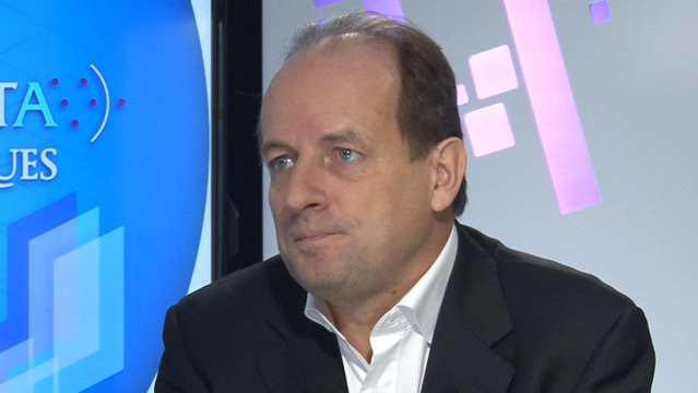 Laurent-Deslandres-Repenser-la-relation-client-sortir-du-pret-a-penser-4095.jpg