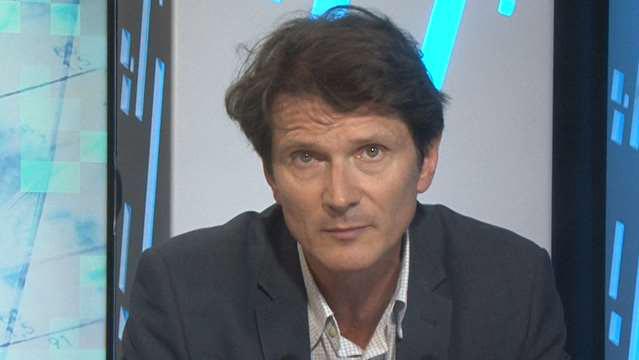 Olivier-Passet-La-France-reste-penalisee-par-le-cout-des-licenciements-3862