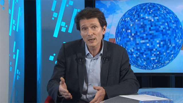 Olivier-Passet-Politique-de-l-emploi-ou-de-l-offre-Hollande-doit-choisir-2137
