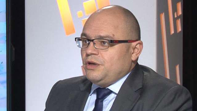 Stephan-Bourcieu-Stephan-Bourcieu-Bizarreries-et-paradoxes-du-commerce-exterieur-francais