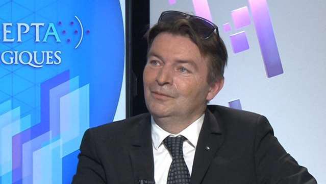 Yannick-Chatelain-Numerique-plus-de-surveillance-moins-de-business-4673